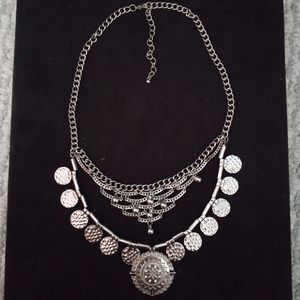 Stunning Silver Colored Necklace